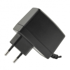AC/DC 12V Wall Mount Adapter (25W)
